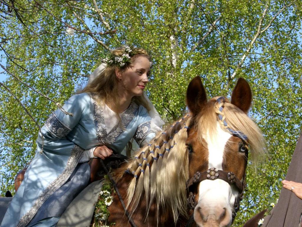 Ur filmen Arn: brud till häst